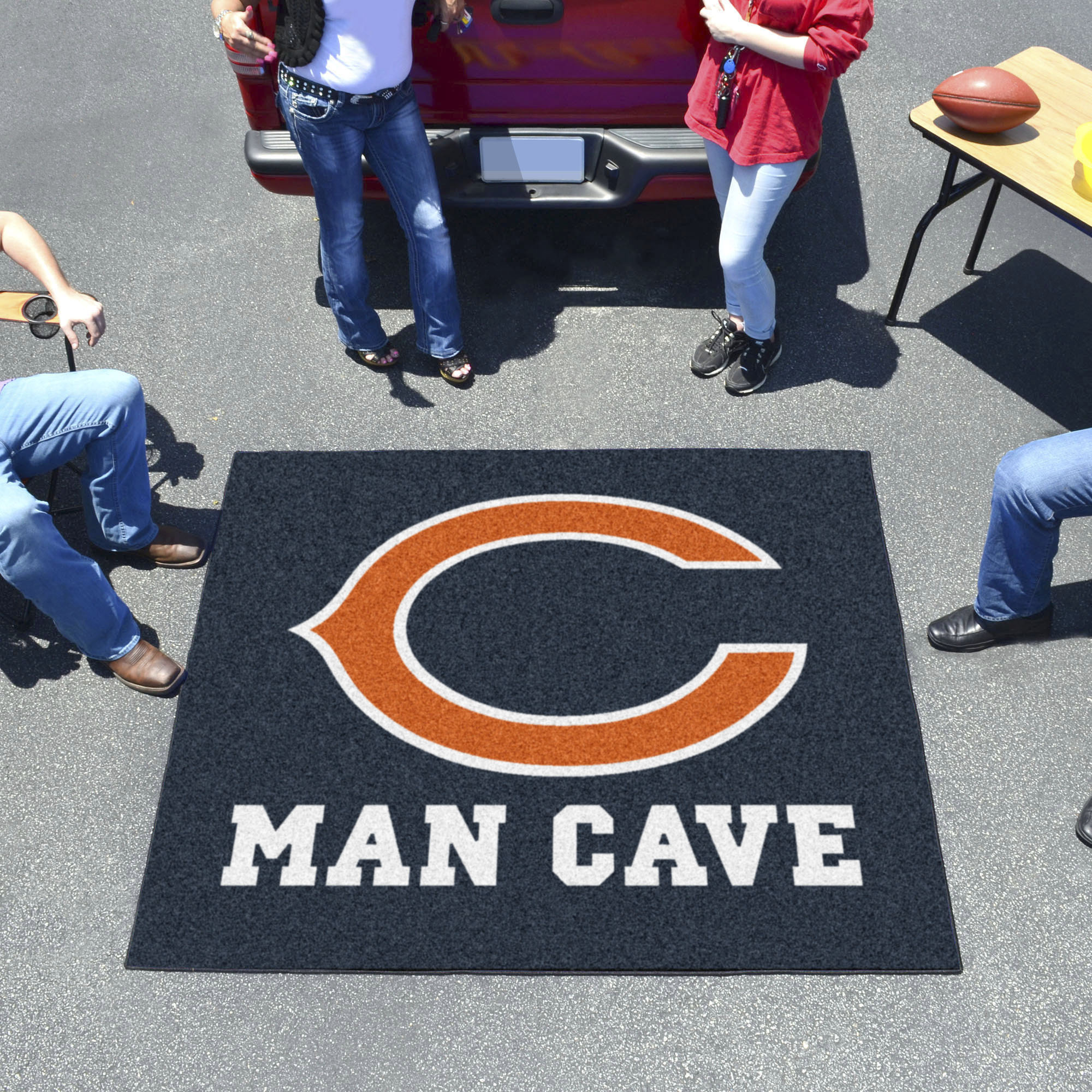Chicago Bears MAN CAVE TAILGATER 60 x 72 Rug