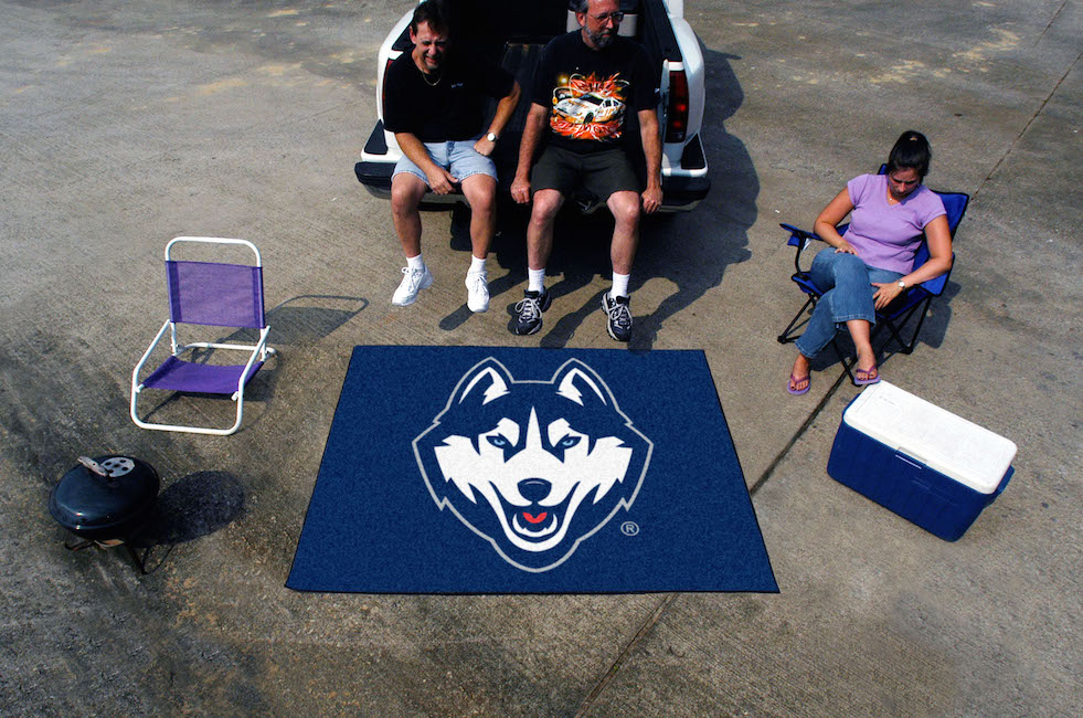 Connecticut Huskies TAILGATER 60 x 72 Rug
