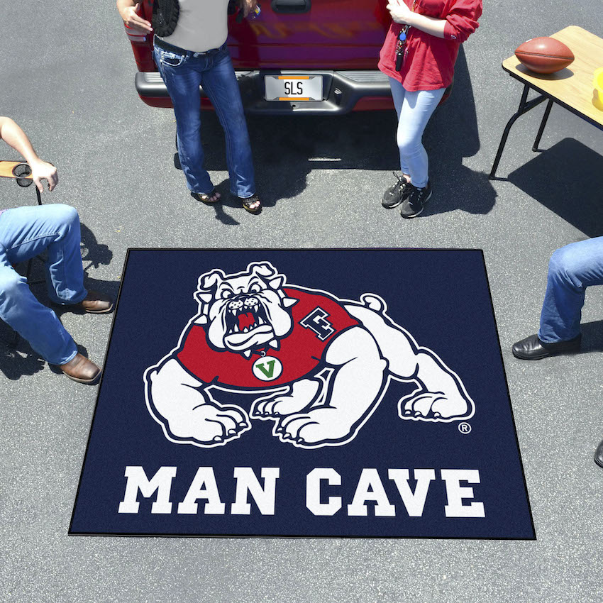 Fresno State Bulldogs MAN CAVE TAILGATER 60 x 72 Rug