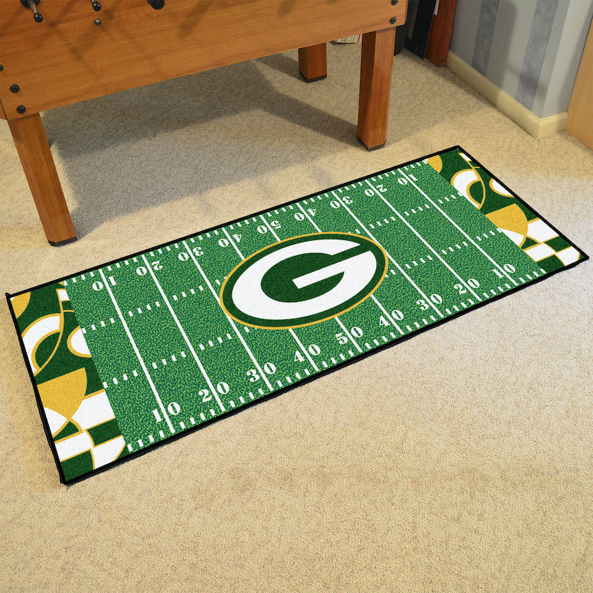 Green Bay Packers 30 x 72 Quick Snap Football Field Carpet Runner