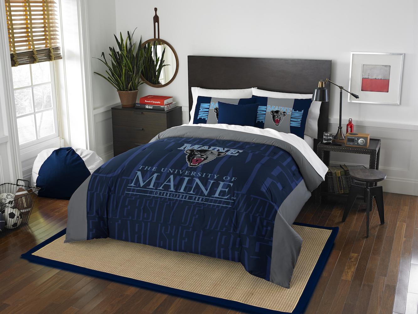Maine Black Bears QUEEN/FULL size Comforter and 2 Shams