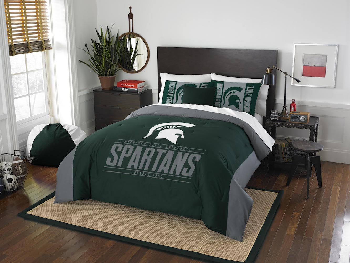 Michigan State Spartans KING size Comforter and 2 Shams
