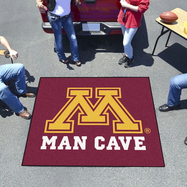 Minnesota Golden Gophers MAN CAVE TAILGATER 60 x 72 Rug