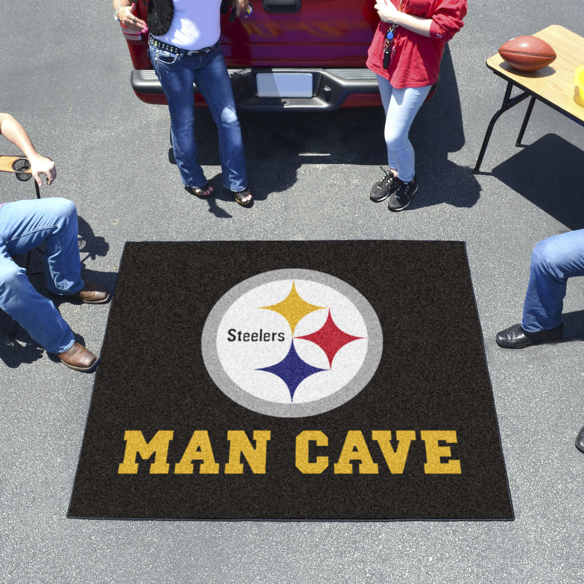 Pittsburgh Steelers MAN CAVE TAILGATER 60 x 72 Rug