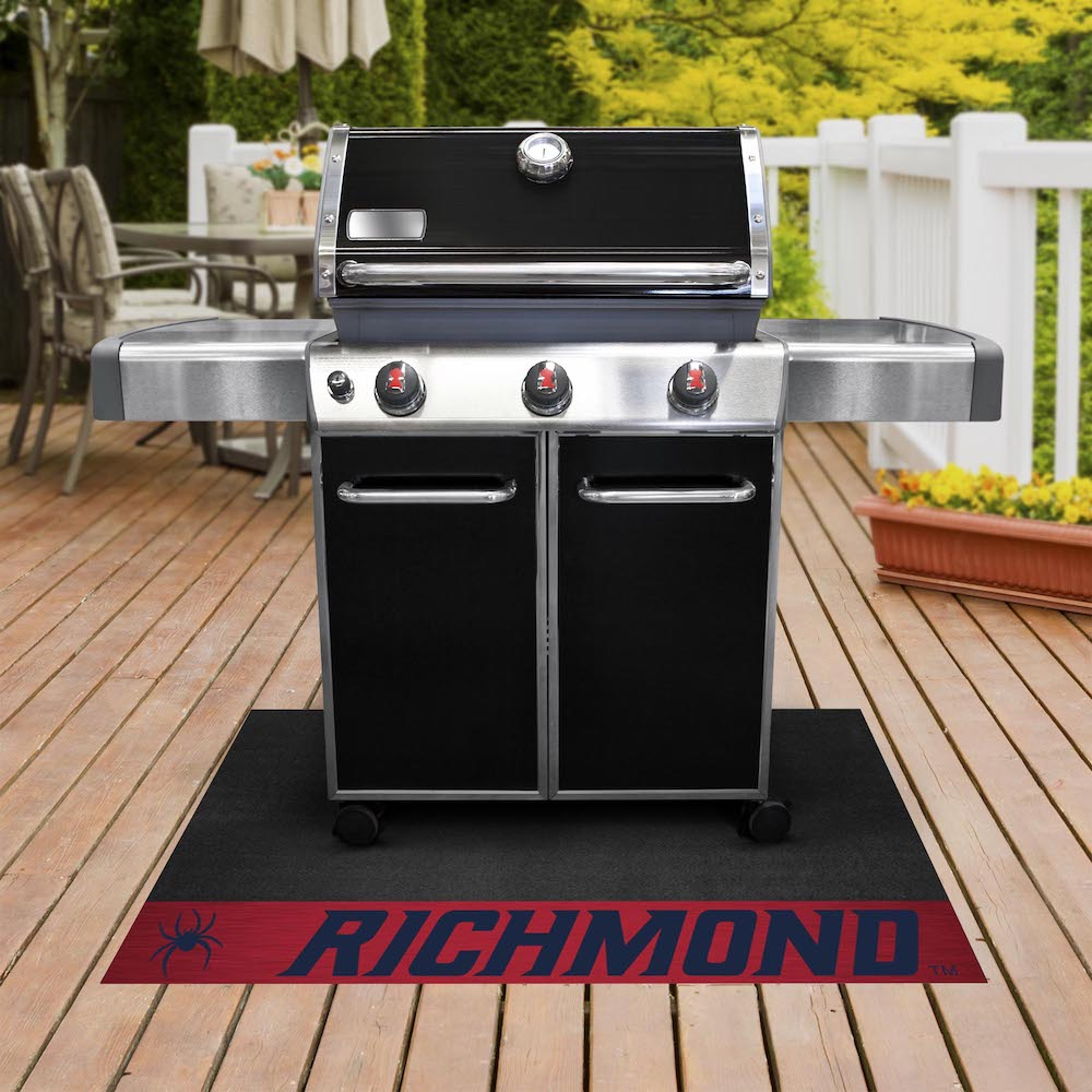 Richmond Spiders NCAA Grill Mat