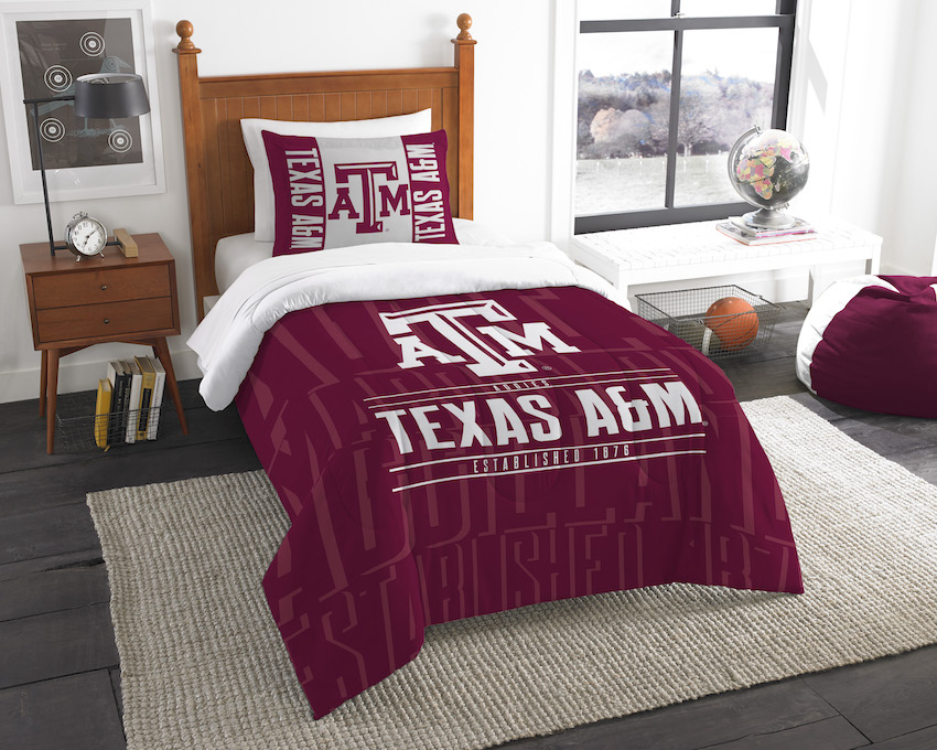 Texas A&M Aggies Twin Comforter Set with Sham