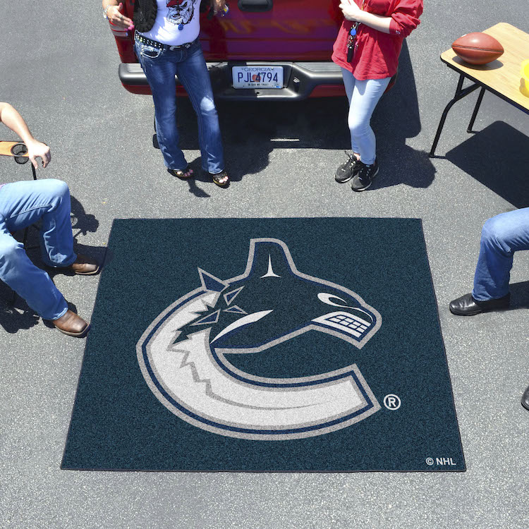Vancouver Canucks TAILGATER 60 x 72 Rug