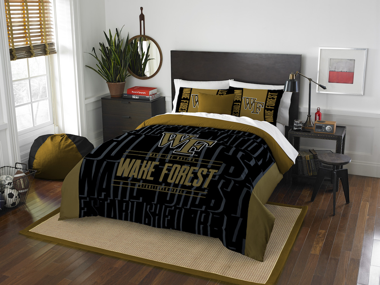 Wake Forest Demon Deacons QUEEN/FULL size Comforter and 2 Shams