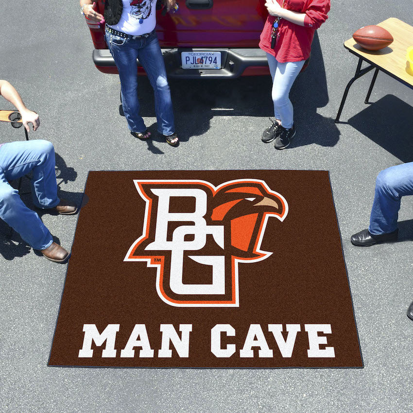 Bowling Green Falcons MAN CAVE TAILGATER 60 x 72 Rug