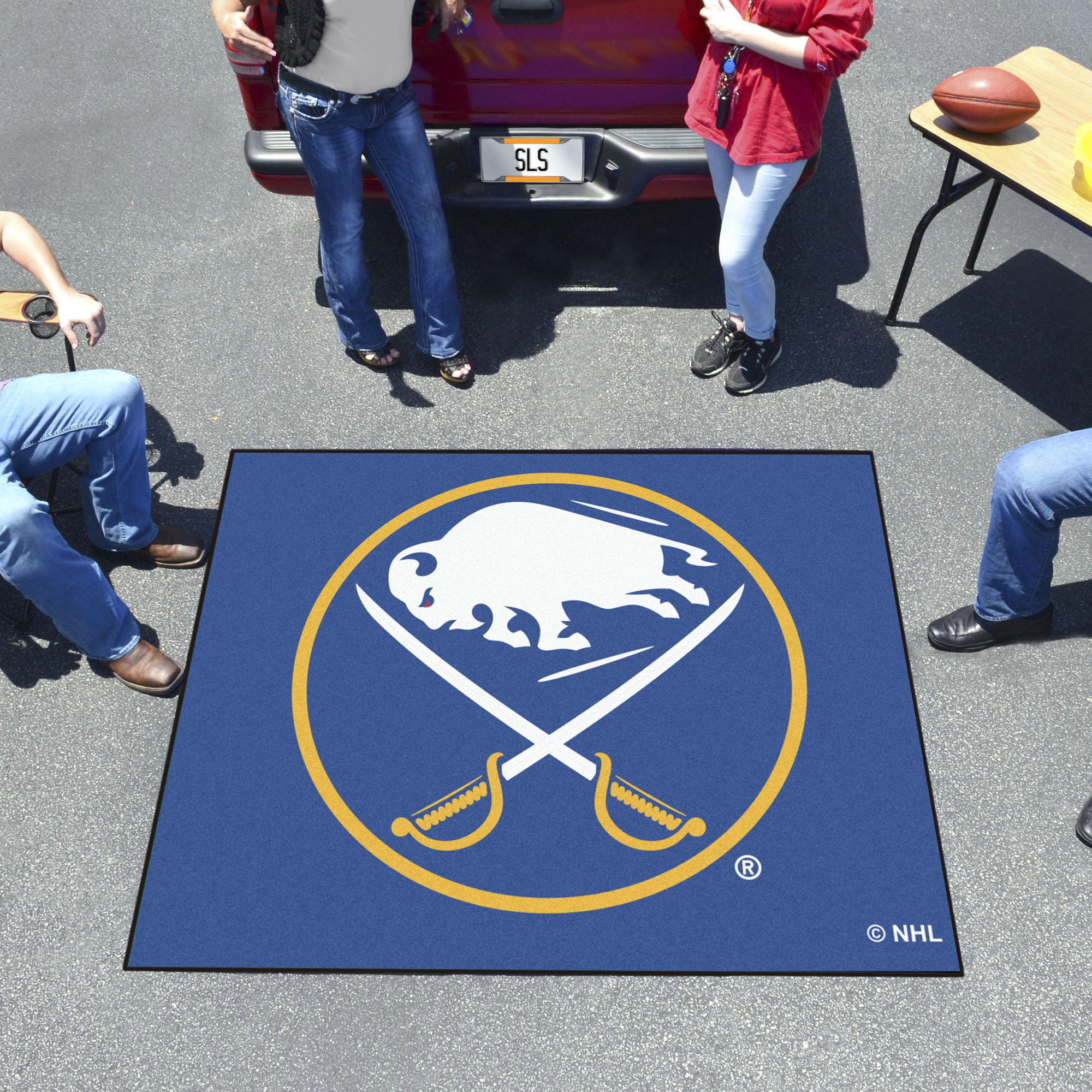 Buffalo Sabres TAILGATER 60 x 72 Rug