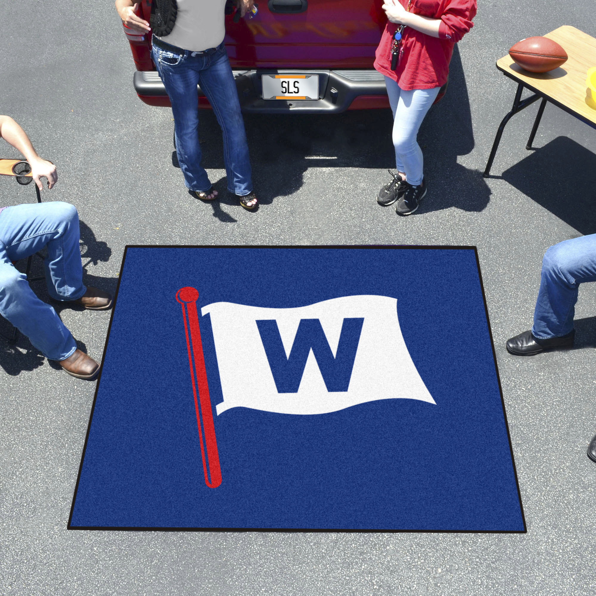 Chicago Cubs FLY THE W TAILGATER 60 x 72 Rug