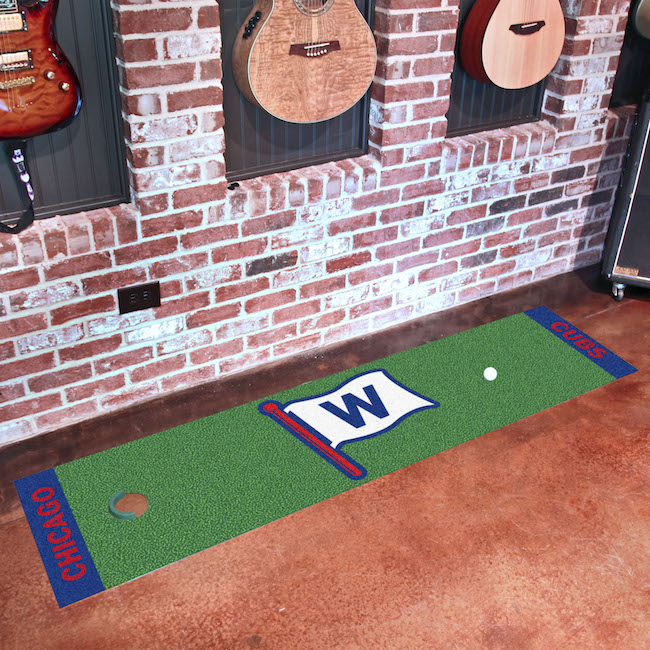 Chicago Cubs FLY THE W Putting Green Mat 18 x 72