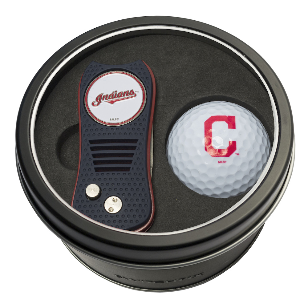 Cleveland Indians Switchblade Divot Tool and Golf Ball Gift Pack
