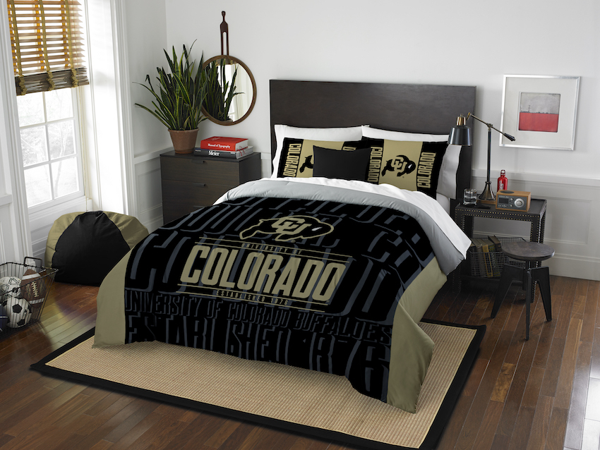 Colorado Buffaloes QUEEN/FULL size Comforter and 2 Shams