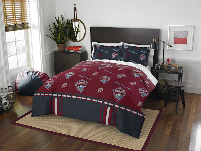 Colorado Rapids QUEEN/FULL size Comforter and 2 Shams