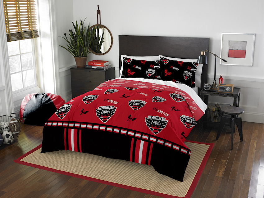 D.C. United QUEEN/FULL size Comforter and 2 Shams