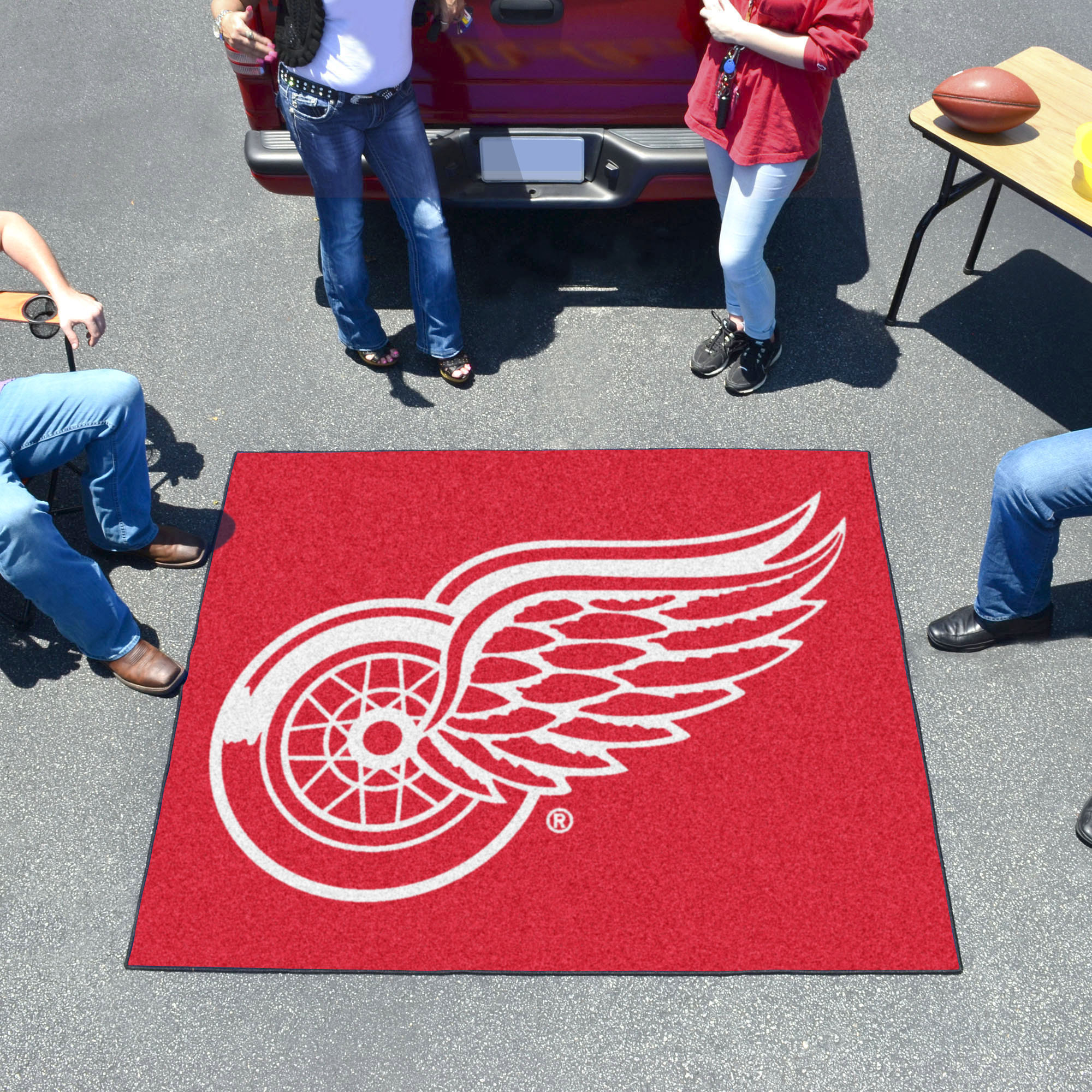 Detroit Red Wings TAILGATER 60 x 72 Rug