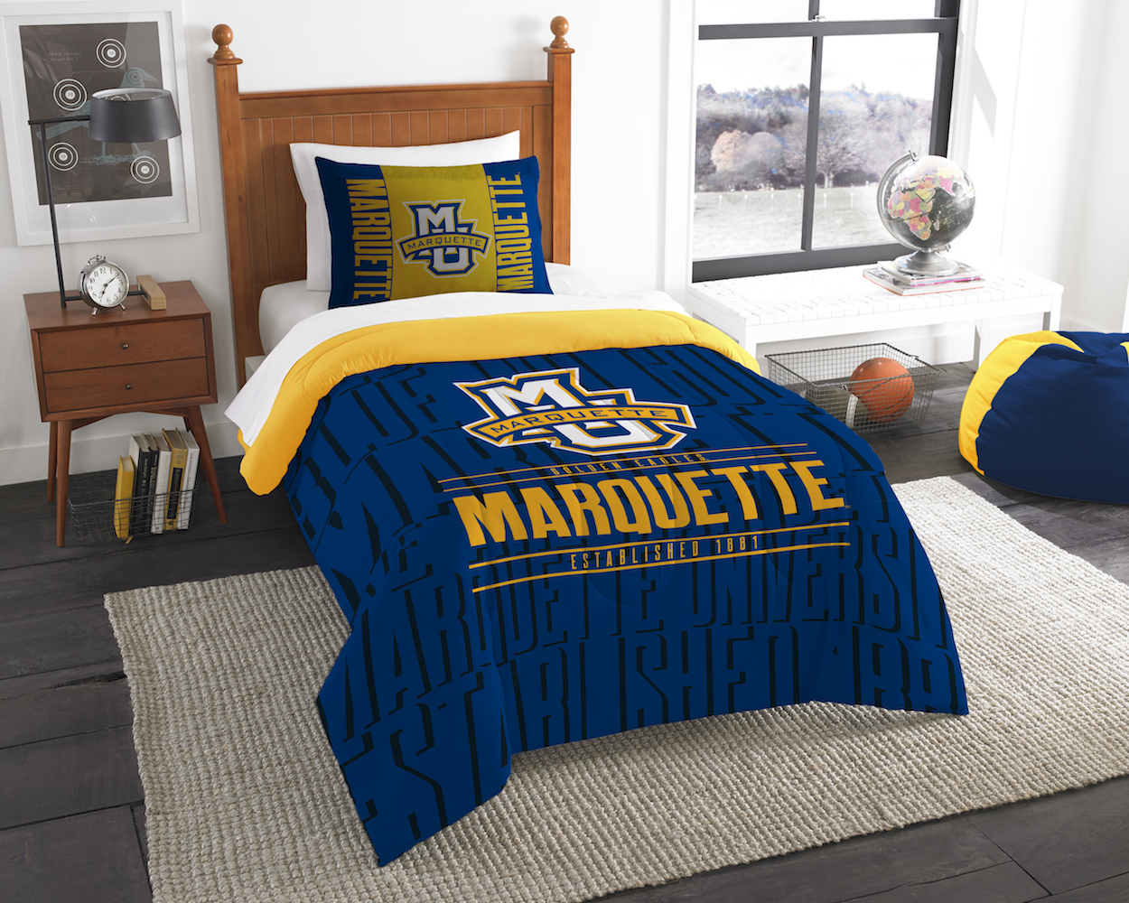 Marquette Golden Eagles Twin Comforter Set with Sham
