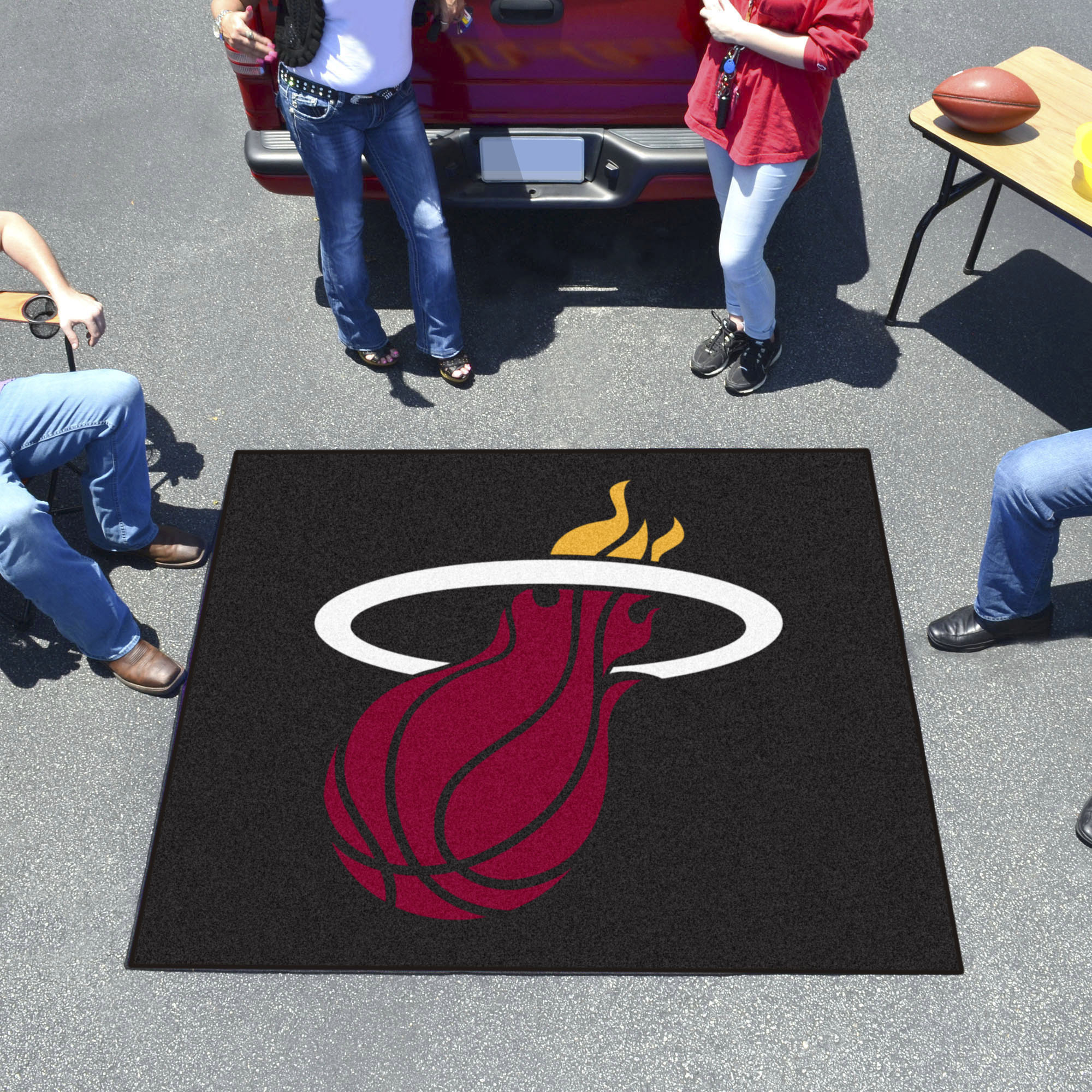 Miami Heat TAILGATER 60 x 72 Rug