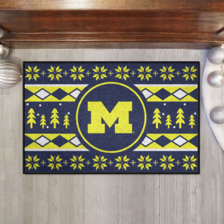 Michigan Wolverines HOLIDAY SWEATER 20 x 30 STARTER Floor Mat