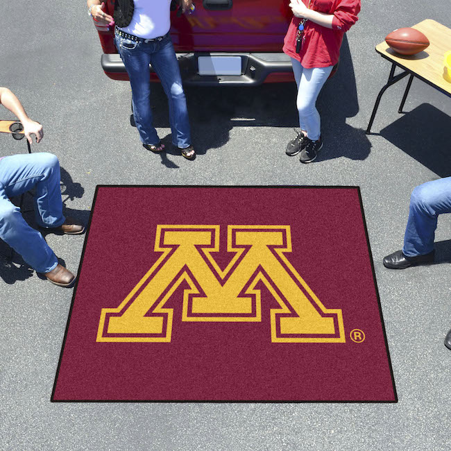 Minnesota Golden Gophers TAILGATER 60 x 72 Rug
