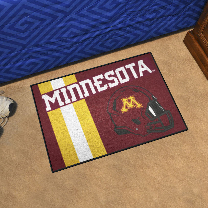 Minnesota Golden Gophers 20 x 30 Uniform STARTER Floor Mat