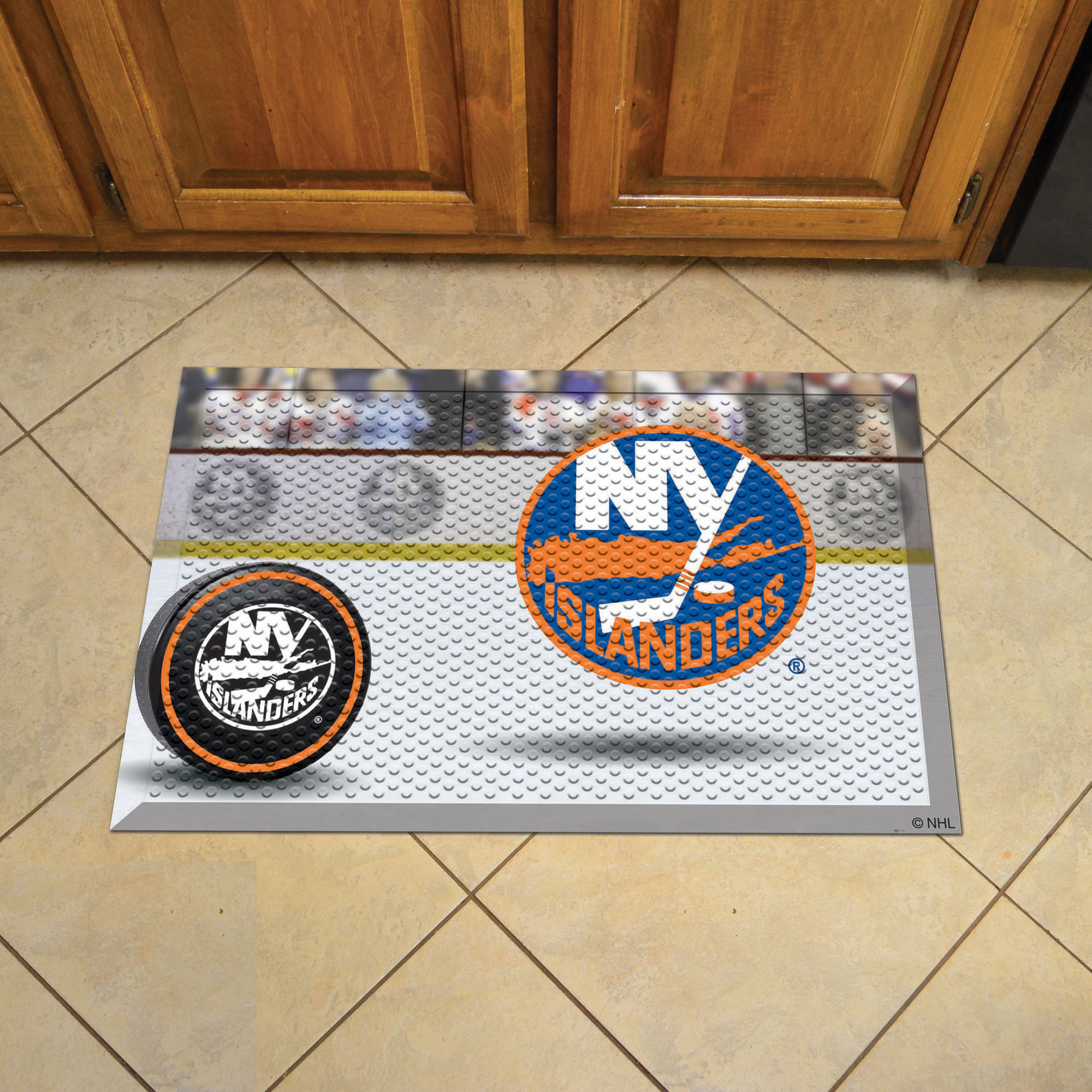 New York Islanders Puck Style SCRAPER Door Mat