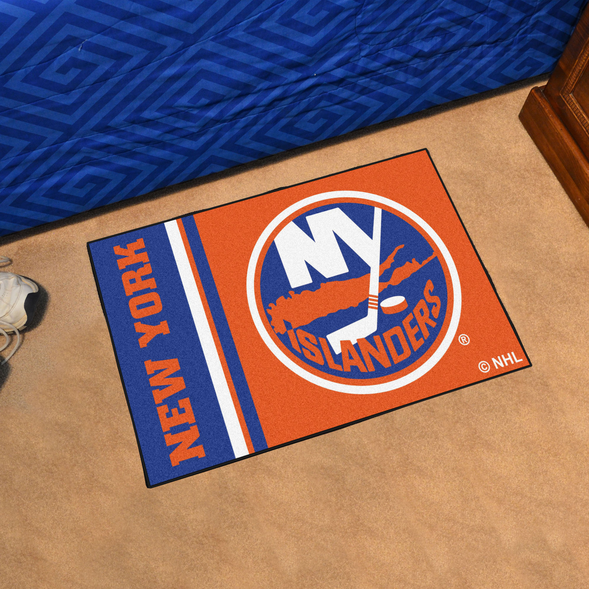 New York Islanders 20 x 30 Uniform Inspired Starter Rug