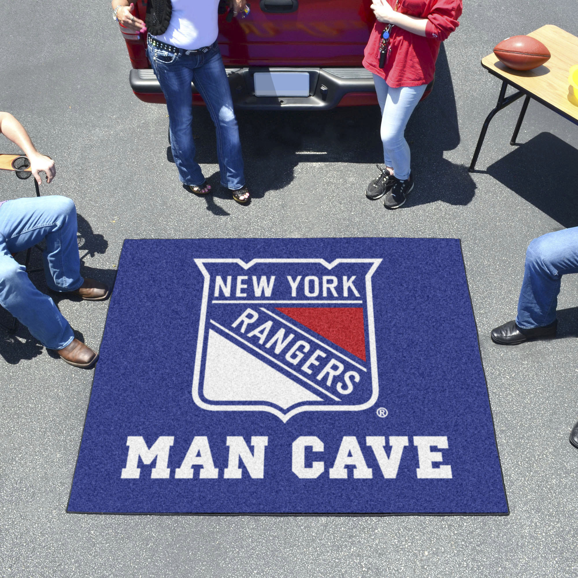 New York Rangers MAN CAVE TAILGATER 60 x 72 Rug