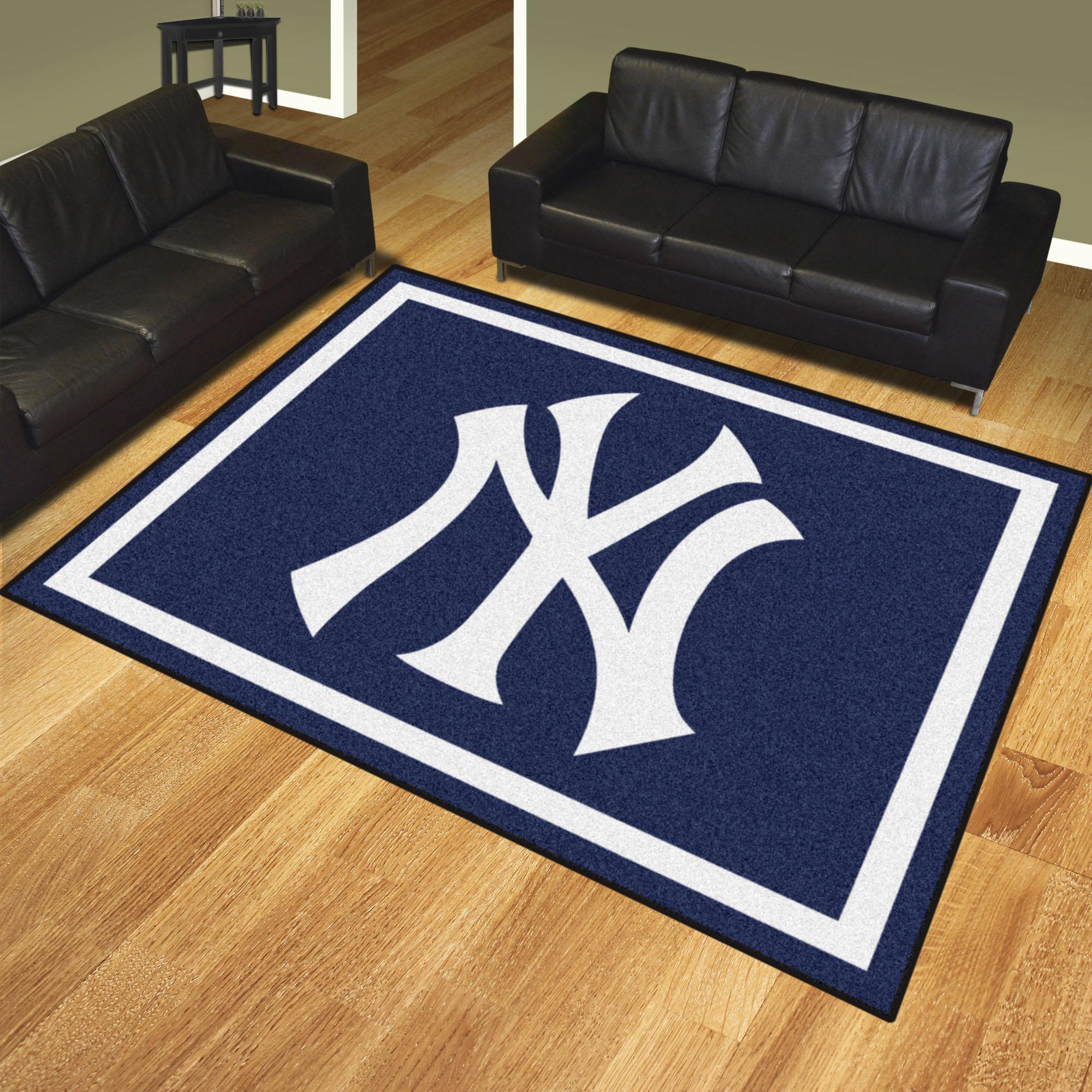 New York Yankees Ultra Plush 8x10 Area Rug