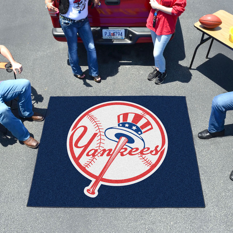 New York Yankees Top Hat TAILGATER 60 x 72 Rug