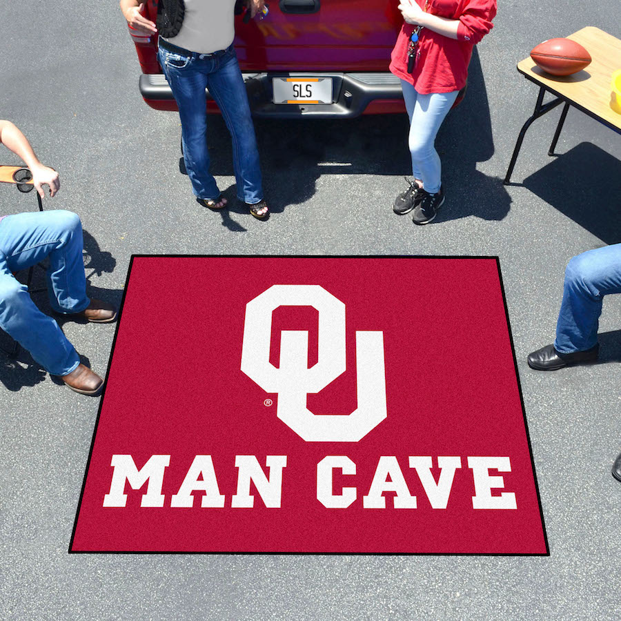 Oklahoma Sooners MAN CAVE TAILGATER 60 x 72 Rug
