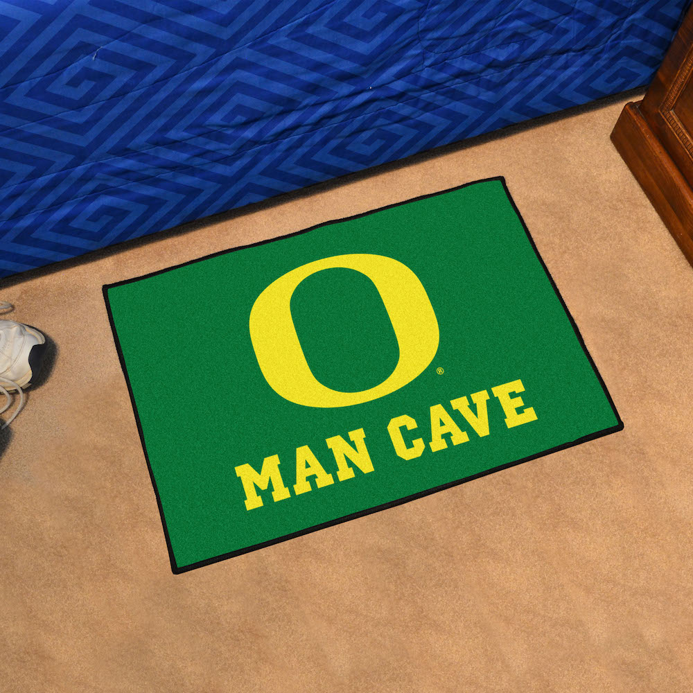 Oregon Ducks MAN CAVE 20 x 30 STARTER Floor Mat