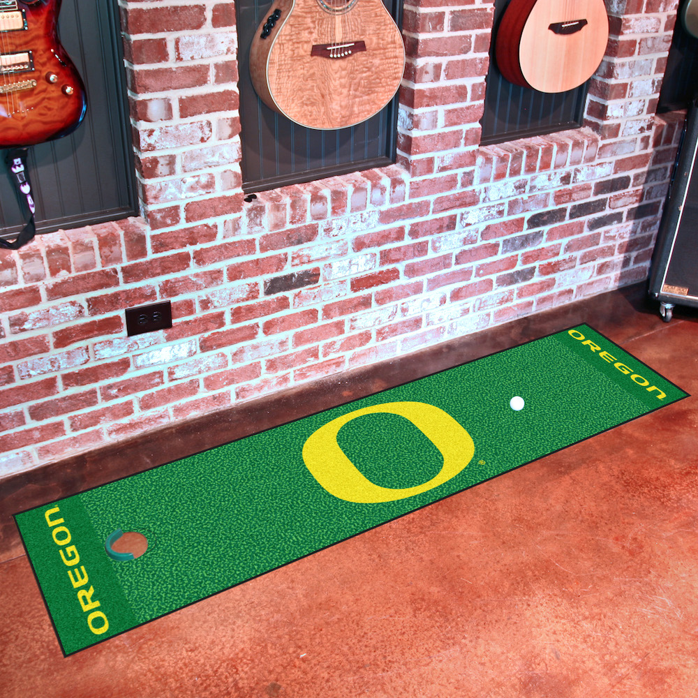 Oregon Ducks Putting Green Mat 18 x 72