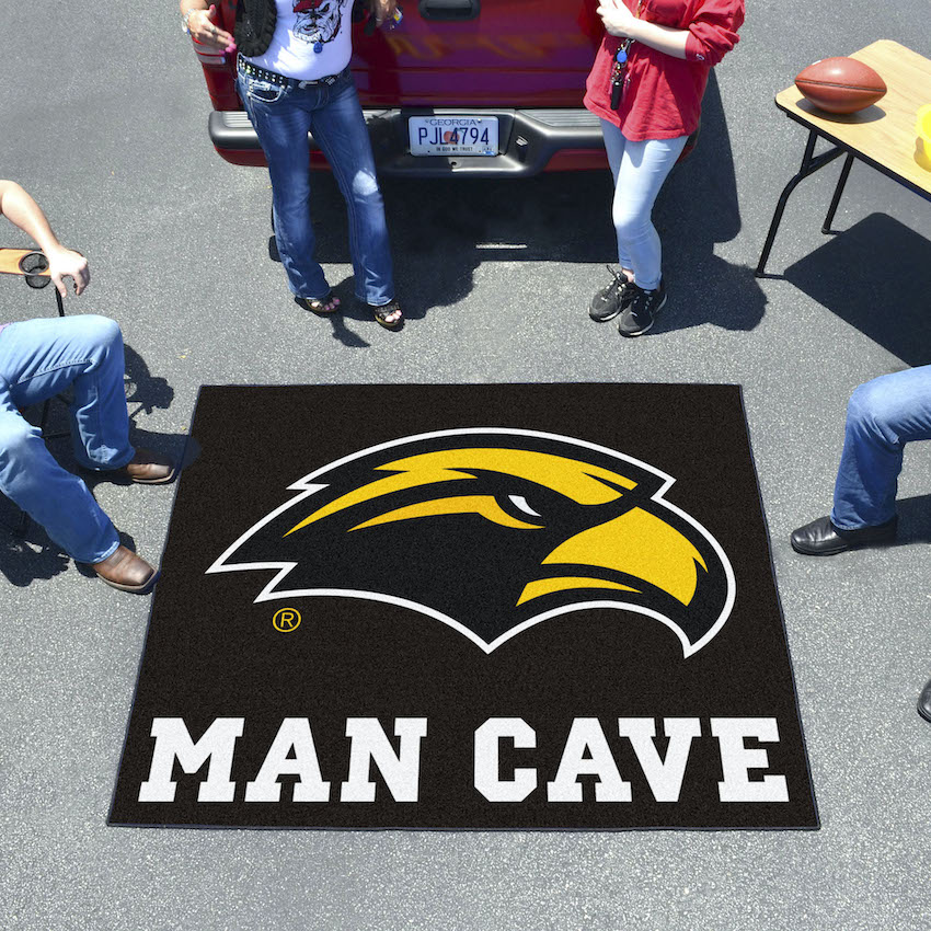 Southern Mississippi Golden Eagles MAN CAVE TAILGATER 60 x 72 Rug