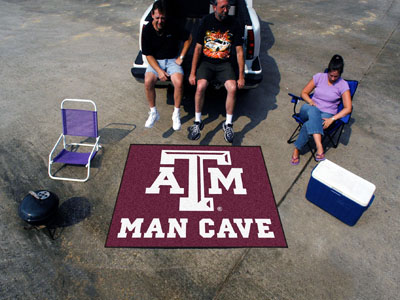 Texas A&M Aggies MAN CAVE TAILGATER 60 x 72 Rug