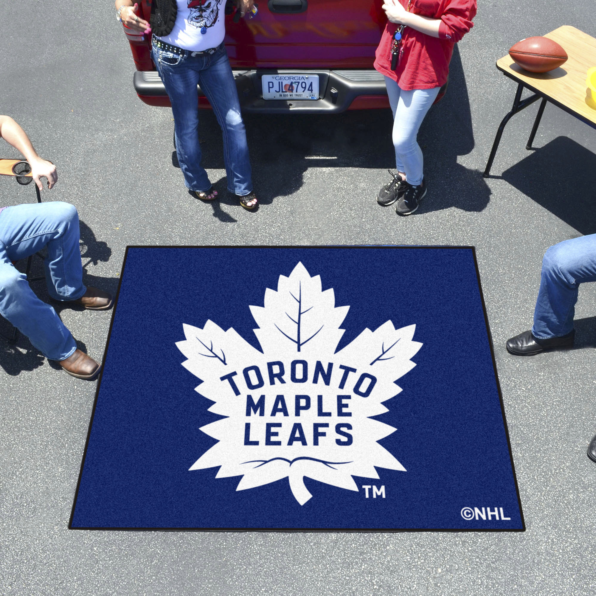 Toronto Maple Leafs TAILGATER 60 x 72 Rug