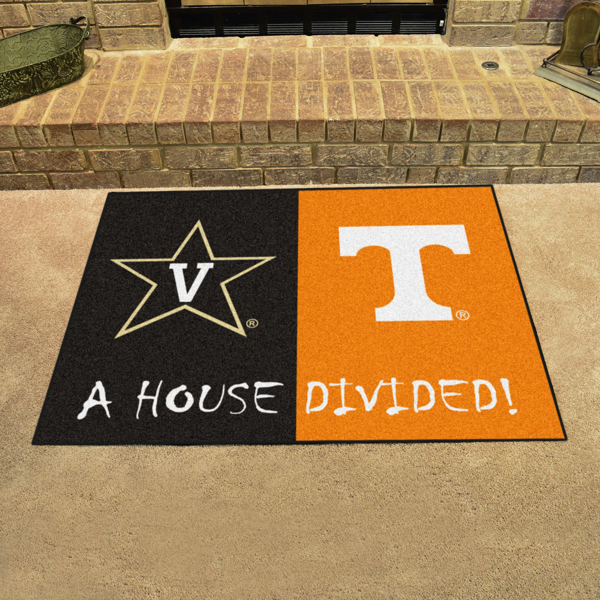 NCAA House Divided Rivalry Rug Vanderbilt Commodores - Tennessee Volunteers