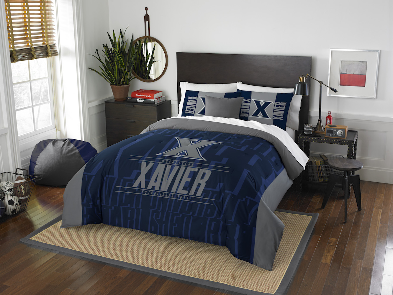 Xavier Musketeers QUEEN/FULL size Comforter and 2 Shams